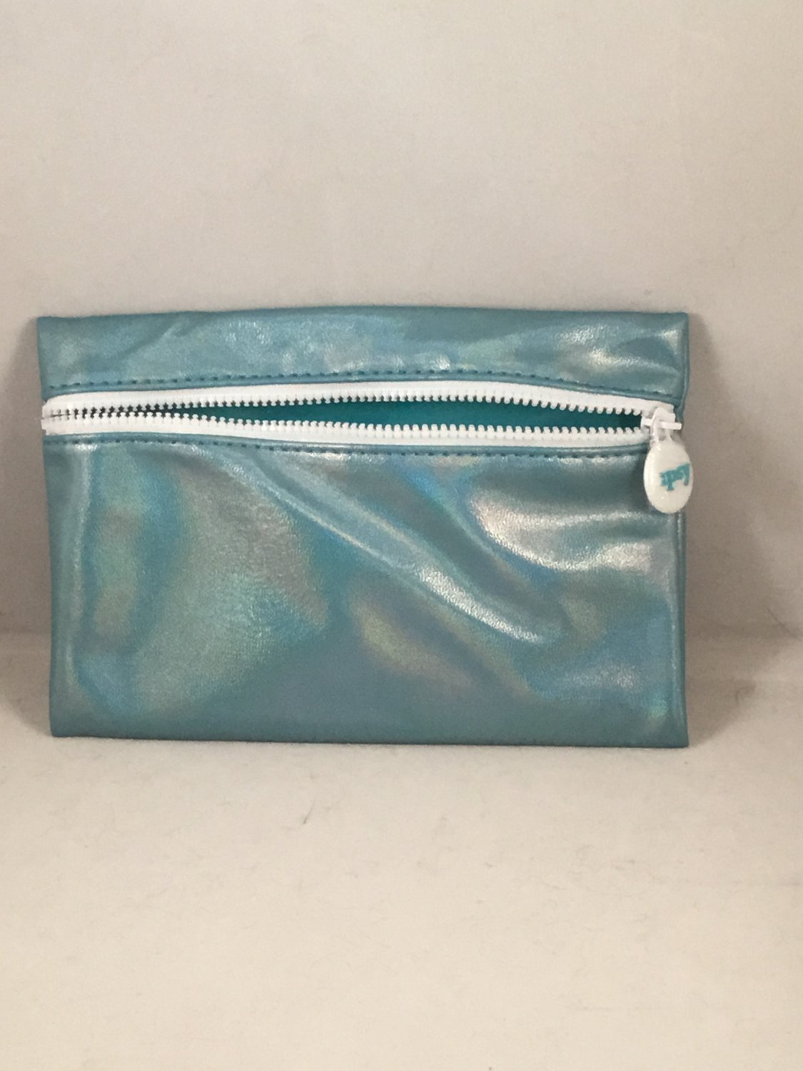Ipsy MyGlam Glam Bag July 2018 Nothing But Water Cosmetic case purse Holographic Aqua