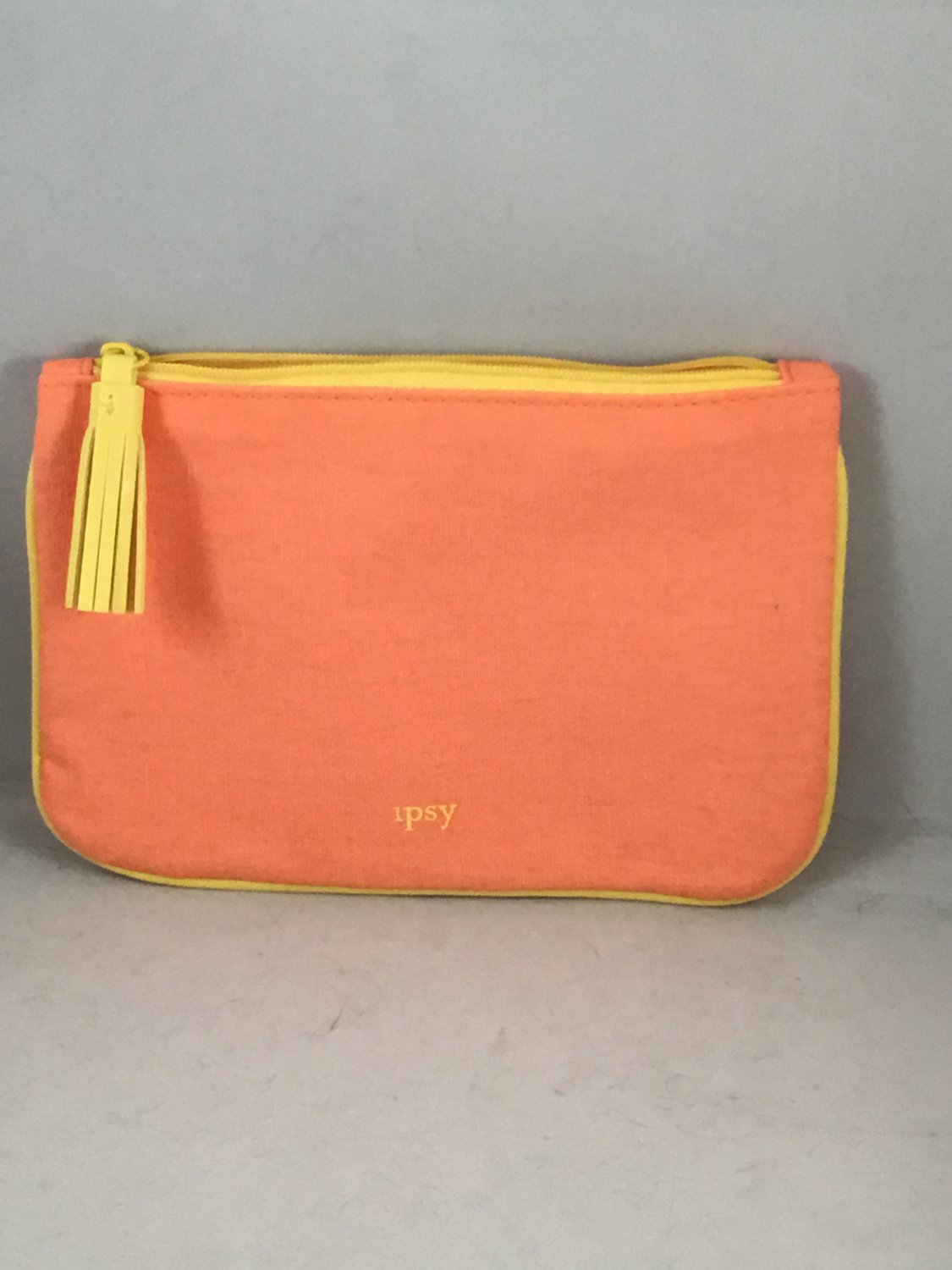 Ipsy MyGlam Glam Bag August 2018 Selfie With No Filter Cosmetic case purse Orange