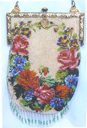 Vintage Floral Design Beaded Bag, Beautiful and Elegant French Frame Touched by Swans