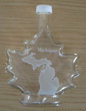 MICHIGAN Maple Leaf Shaped Bottle MAPLE SYRUP Free Shipping