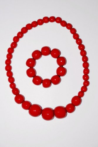 Wooden necklace and bracelet