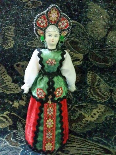 Russian costume doll 10.5'