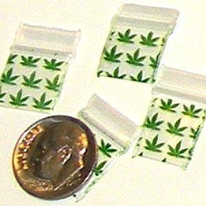 "200 Green Leaves Baggies Small Ziplock Bags 0.5 x 0.5"""