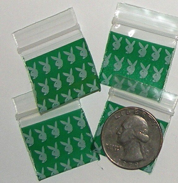 "Bunnies 200 Baggies 1010  small ziplock bags 1 x 1"""