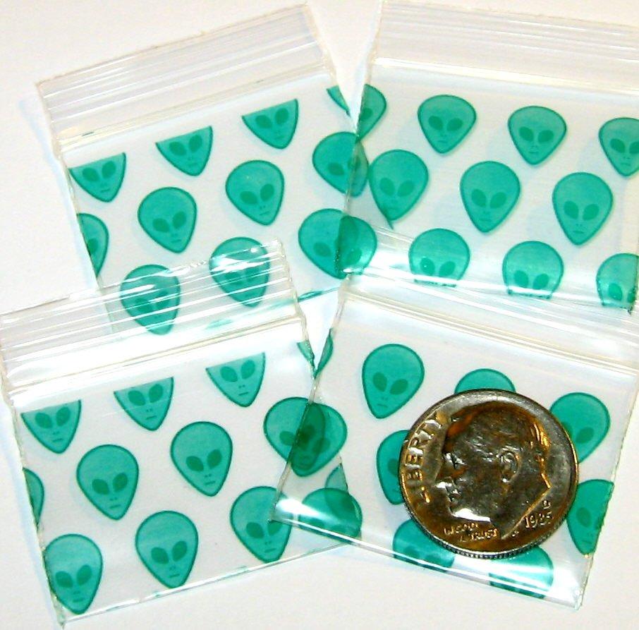 200 Green Aliens Baggies 12510 ziplock bags 1.25 x 1 inch