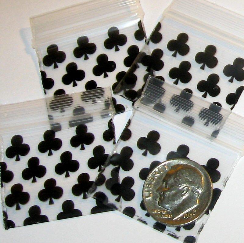 200 Black Clubs Baggies 12510 Apple® Brand Bags 1.25 x 1 in.