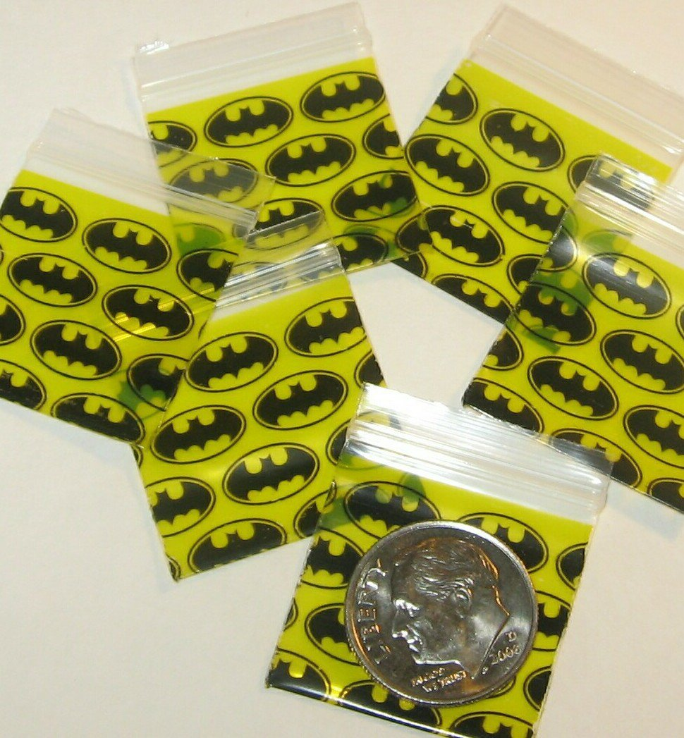 """200 Apple baggies Batman 1 x 1"""" Mini Ziplock Bags 1010 reclosable"""