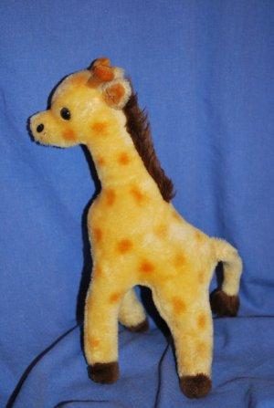 """Vintage 1974  DAKIN Plush VTG Giraffe Approxi. 13"""" EUC"""