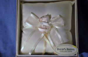 NEW David's Bridal Ivory Ring Bearer Pillow Wedding NWT