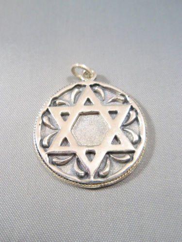 round Star of David  magen david Judaica Sterling Silver 925 Pendant