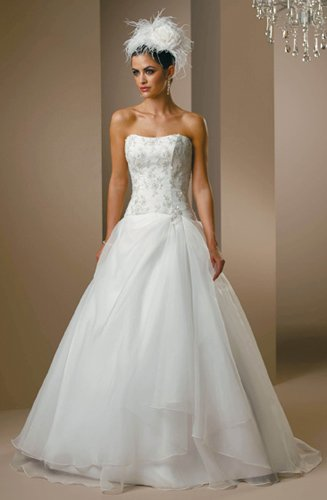 latest style strapless lace wedding dress 2011 EC80