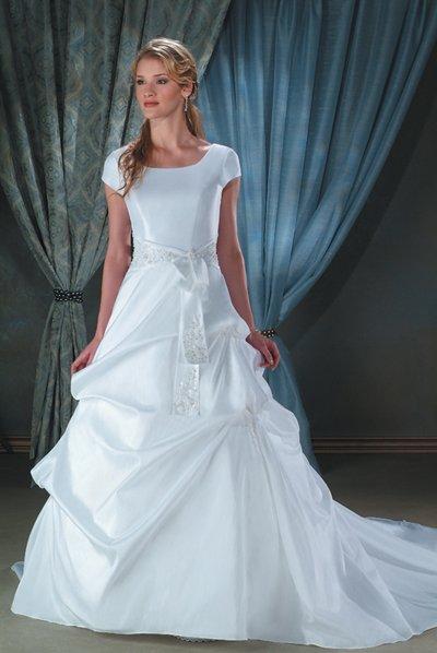 new collection short sleeve long wedding dress 2011 EC110
