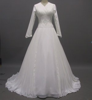 Free shipping long sleeve and high neckline wedding gown ER34
