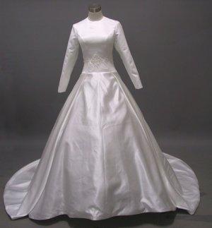 Free shipping long sleeve and high neckline wedding dress ER36