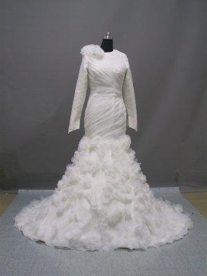Free shipping long sleeve and high neckline wedding dress ER42