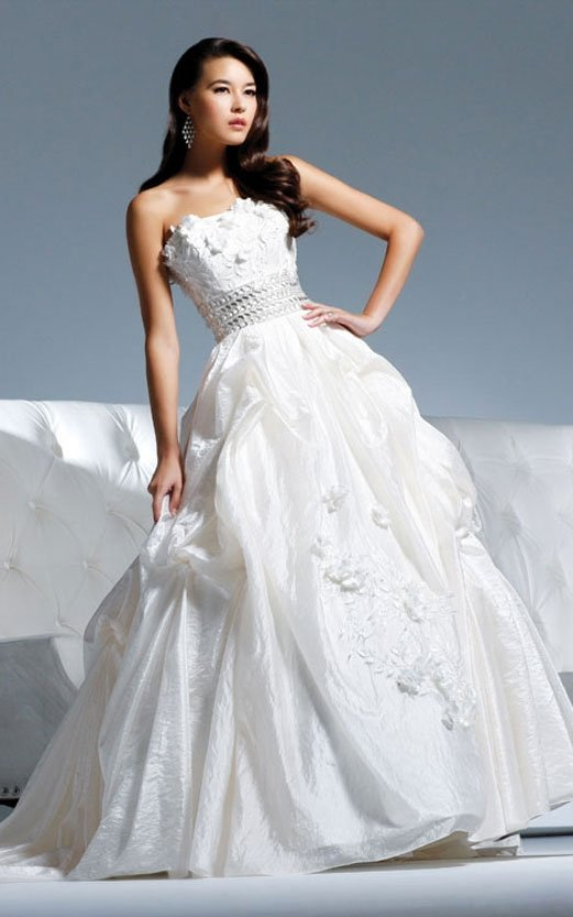 the most popular wedding dress 2011 EC301