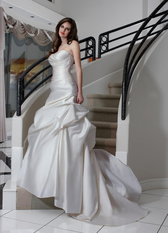 Free shipping the latest  bridal wedding dresses EC345