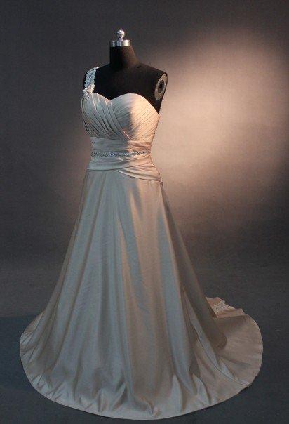 EC473 new fashion stylish one shoulder desiger wedding dress 2013