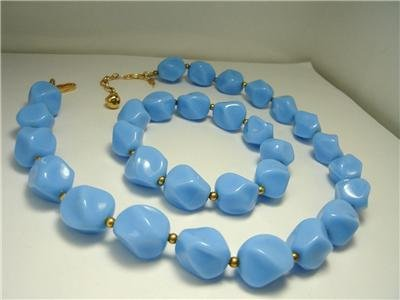Vintage Blue Lucite  Necklace/ Stretch Bracelet Trifari