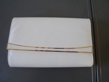 Vintage White Leather Like clutch Purse Mino