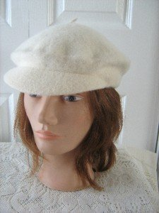 Vintage Cream White 100% LambsWool Beret/Cap Women Hat One Size
