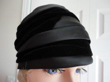 Vintage Black Velvet & Fabric  Women  Hat XS 21 inches 60s Arden