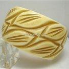 Vintage Bold Cream / Lght Brown Deeply Carved Leaves Resin Bracelet Bangle  80s