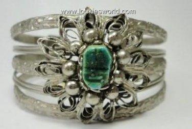 Vintage Silvertone Metal/Wire Flower Green Stone Cuff Bracelet