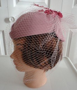 "Vintage Old Rose Fabric Women Hat Veil/Flowers Caged XS 21"" Hat Society"