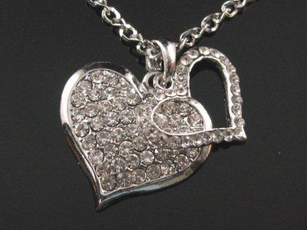 SN052 CRYSTAL HEART SILVER NECKLACE