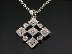 SN060 Crystal Diamond Shape Silver Pendant Necklace Best Gift Idea