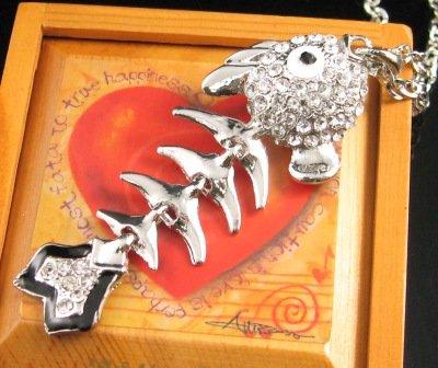 SN137 Elegant Crystal Silver Funky Fish Bone Pendant Necklace Best Gift Idea