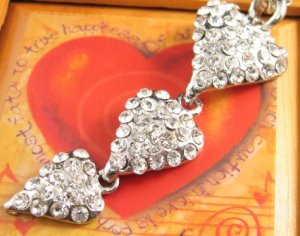 SN145 Elegant Crystal Heart Chain Silver Pendant Necklace Best Gift Idea