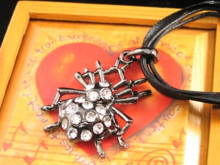 SN333  Crystal Spider Pendant Necklace Best Gift Idea