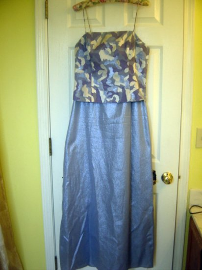Onyx Nite Womens Purple Silver Metallic Formal gown sz 12 GORGEOUS!