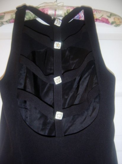 basic black dress with open back by LILI size 4 PRETTY