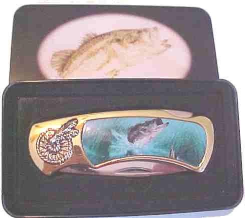 Bass Fish Knife in Metal Tin