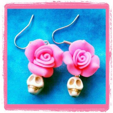 Handmade howlite skulls and roses earrings