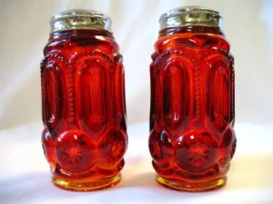 Smith Glass Moon & Stars Amberina Salt & Pepper Shakers