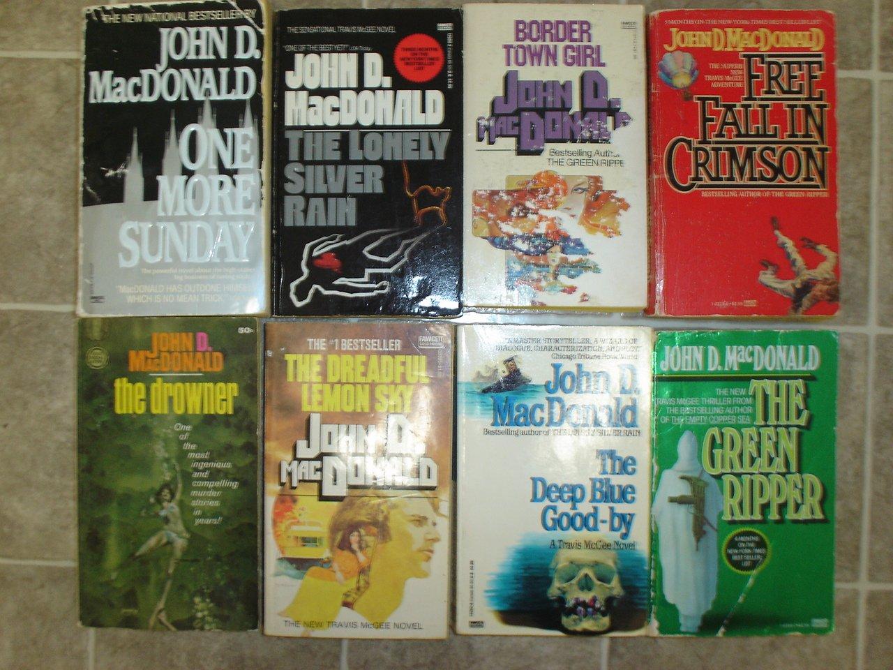 John D MacDonald lot of 8 pb mystery novels vintage Travis McGee