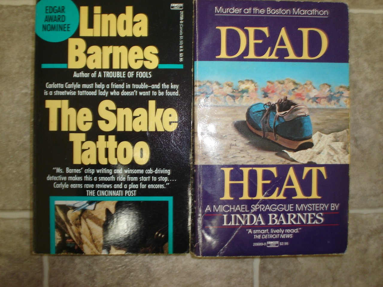 Linda Barnes lot of 2 pb mystery books Boston