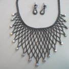 NEW Fashion Necklace with matching earrings set