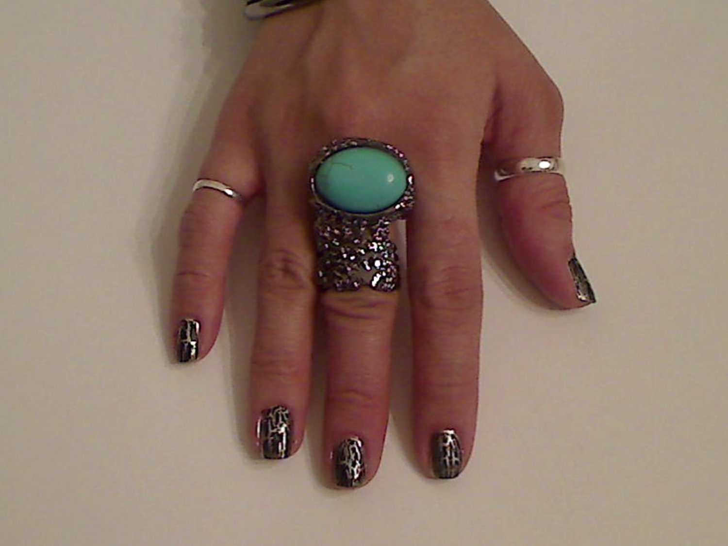 TURQUOISE  ARTY CHUNKY MOON KNUCKLE RING IN GUN METAL SIZES *6*7*8*9