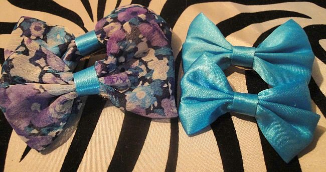 Flower & Aqua Blue Bows Sets 2 Pairs