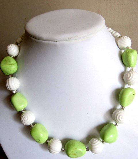 Green stabilized turquoise with white beads statement necklace toggle clasp