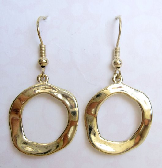 Fashion earrings: trendy circles shiny gold {539E}