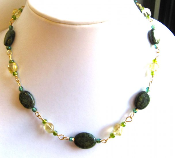 Green Russian jade and citrine nuggets linked necklace