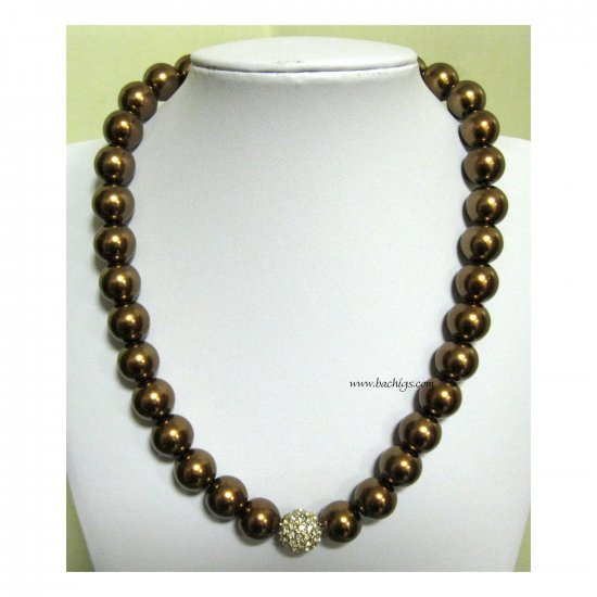Brown pearl glass base fashion necklace with crystal ball