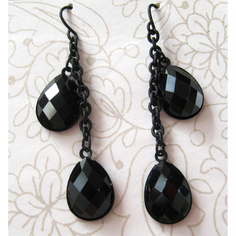 Black teardrop trendy fashion earrings on chain (1497E)