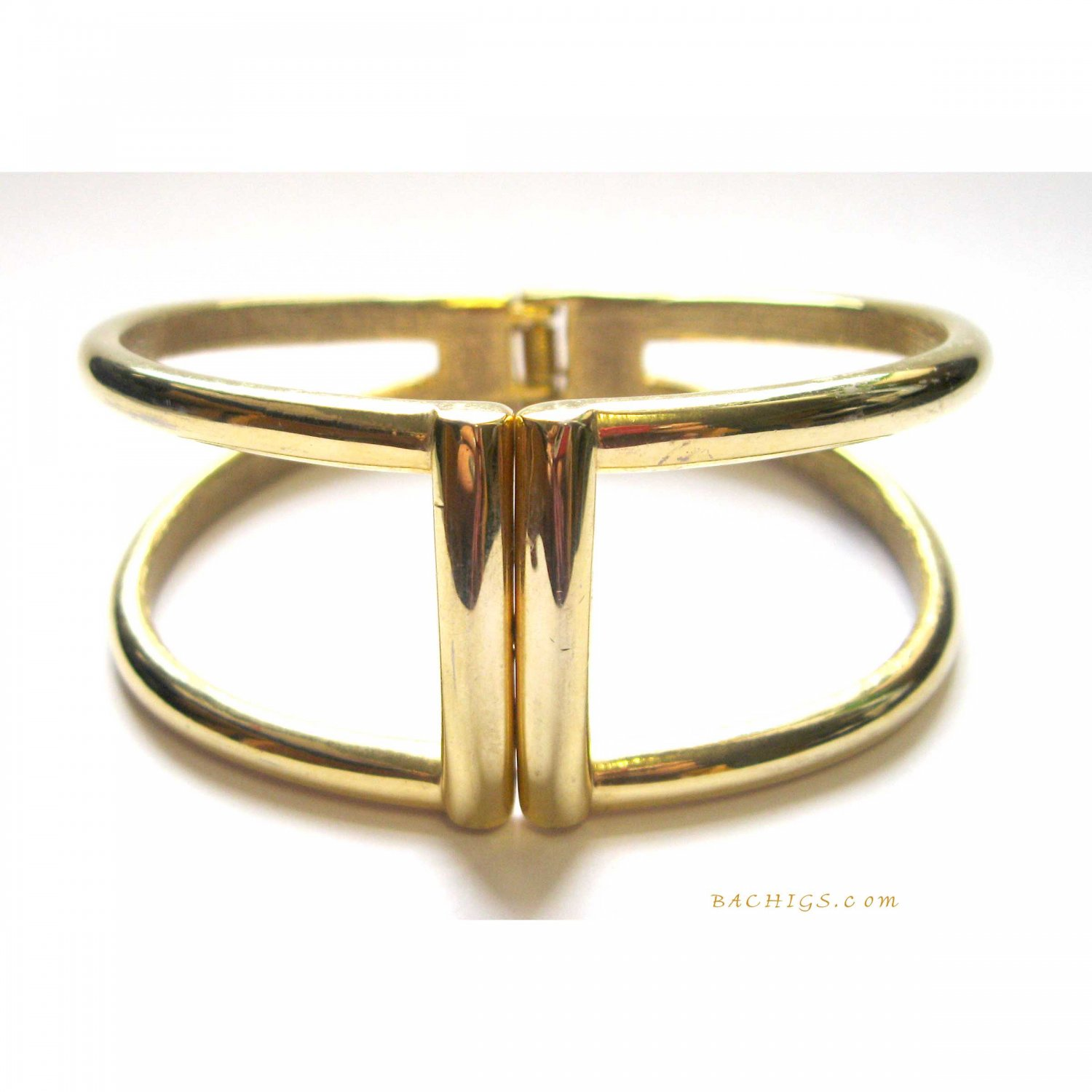 Gold fashion bracelet